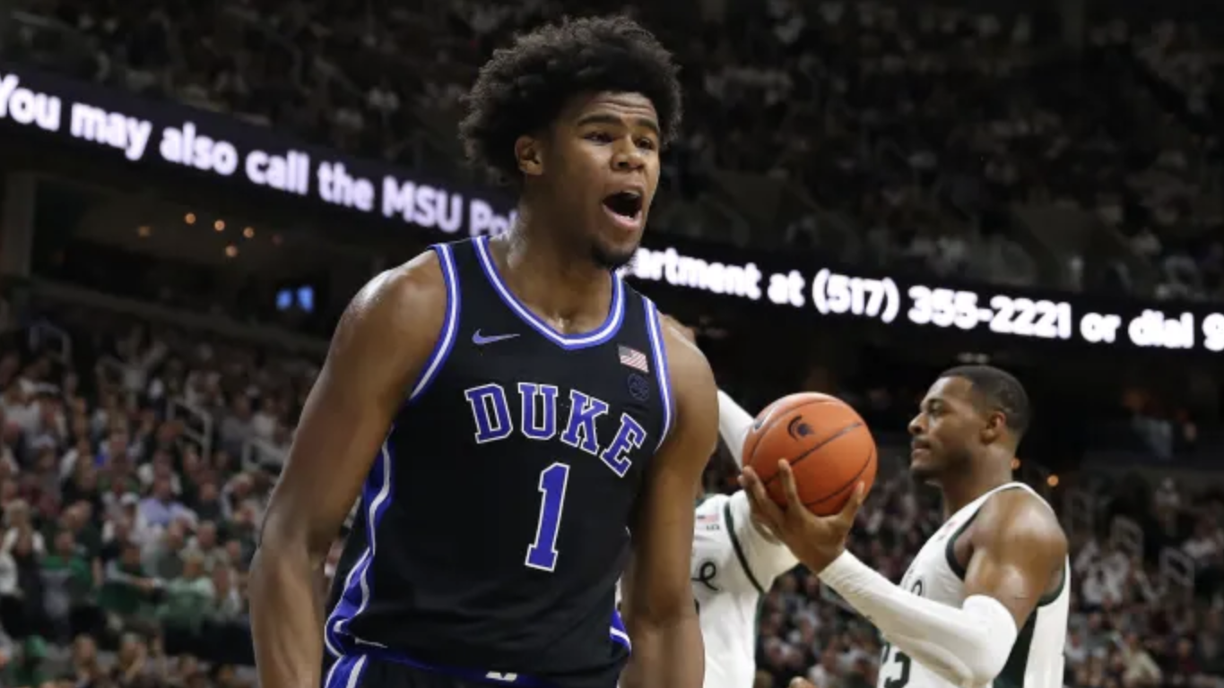 Duke Overpowers the Hurricanes 95 – 62; Vernon Carey Jr. Scores 24; Cassius Stanley Scores 20